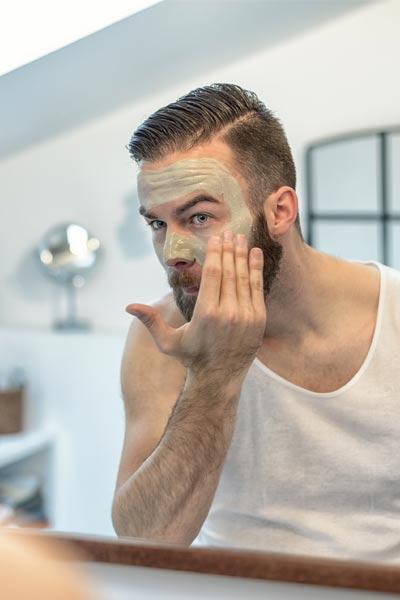 gommage du visage homme