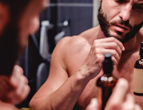 bienfaits de l'huile de ricin sur la barbe