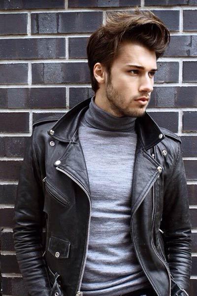 look rock homme avec un col roulé gris