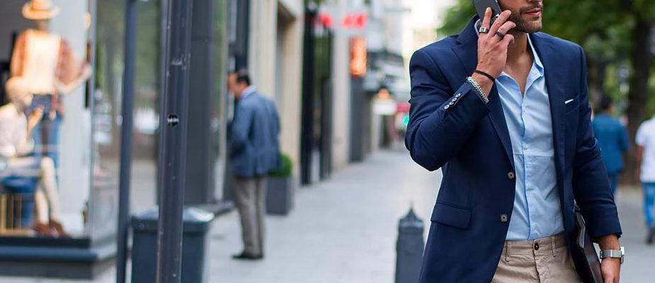 porter une chemise bleu clair homme
