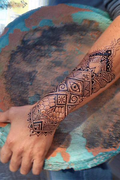 tatouage temporaire éphémère au jagua