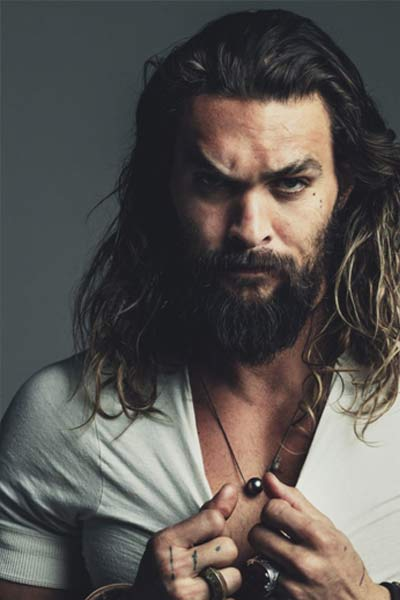 jason momoa cheveux longs