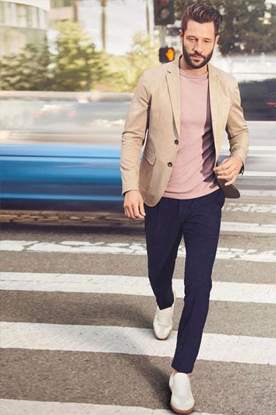 look homme t-shirt coloré rose