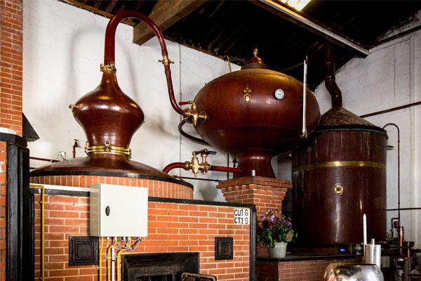 alembic charantais utilisé pour la fabrication du cognac
