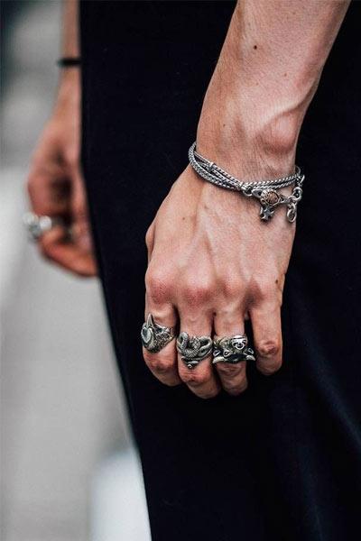 bagues et bracelet pour hommes