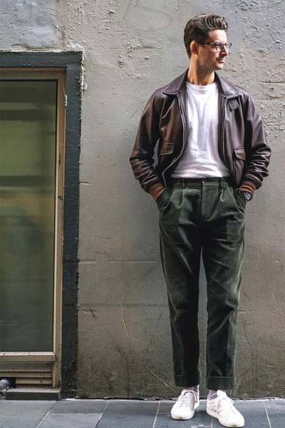 tenue casual homme avec un pantalon en velours