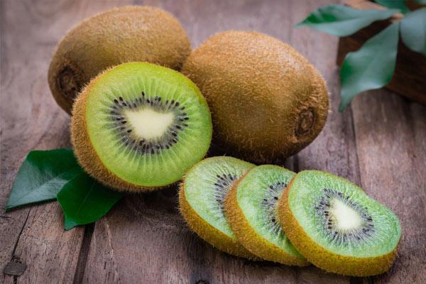kiwi vitamine C pour renforcer son système immunitaire