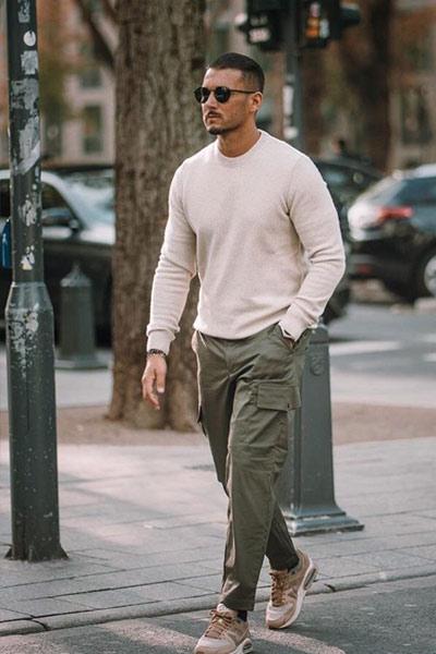 porter un pantalon cargo homme