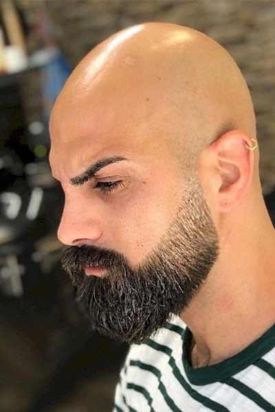 barbe dégradée homme chauve