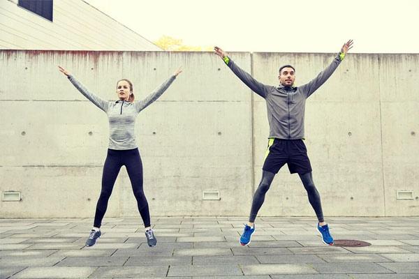 circuit training jumping jacks