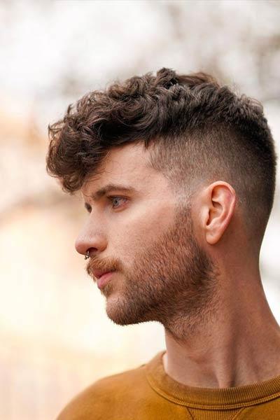 coiffure homme undercut curly