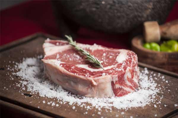 steak protéine pour un programme alimentaire prise de masse
