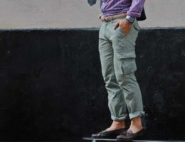 chaussures avec pantalon cargo
