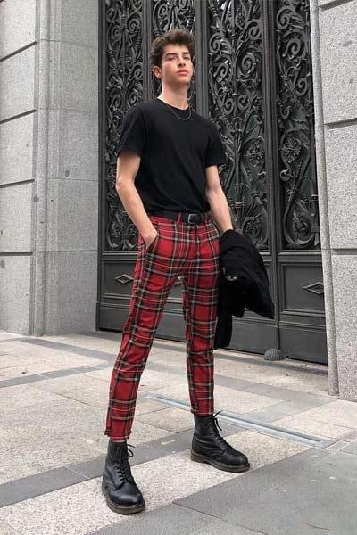 porter pantalon carreaux rouge
