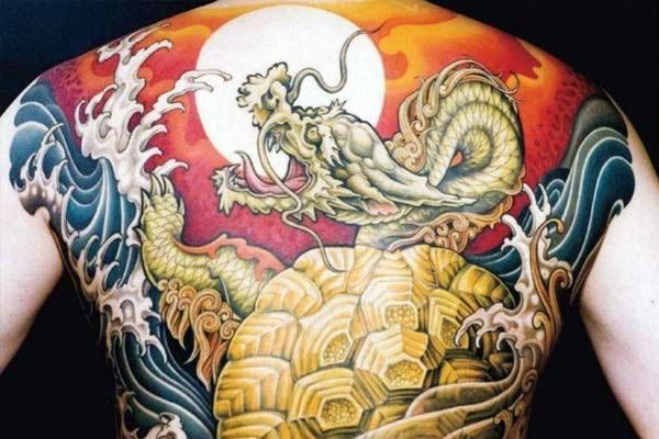 tatouage yakuza dragon
