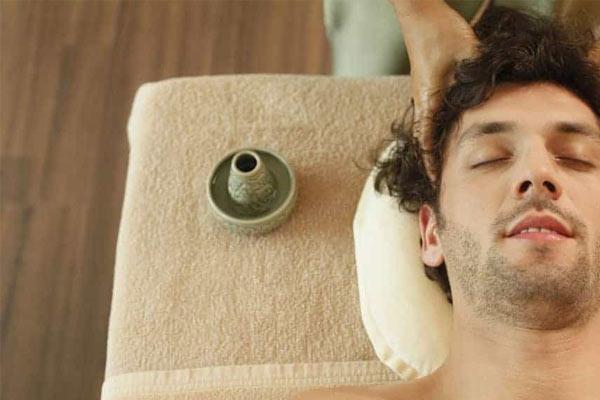 massage cuir chevelu homme